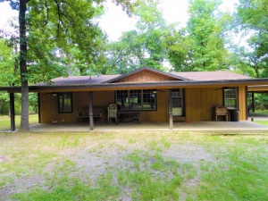 129.08 Acre Hunting and Recreation property with 4 bed, 2 bath camphouse